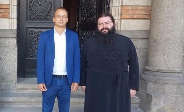 """Светият синод подкрепи премахването на автогарата пред """"Свети Александър Невски"""""""