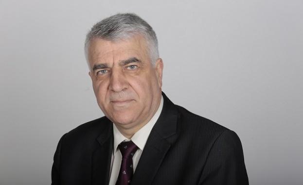 Проф. Румен Гечев: Управленската програма на правителството е пожелателно писмо до дядо Мраз