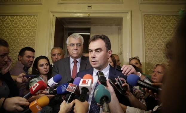 Жельо Бойчев: Ако правителството продължава така, скоро ще си отиде
