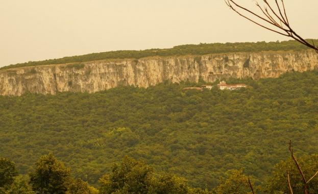 Спелеолози откриха праисторическо светилище край Велико Търново