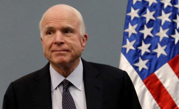 Американският сенатор Джон Маккейн направи ироничен коментар за причините, поради