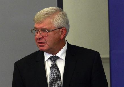 Ананиев: Държавата ще финансира терапиии, за които няма алтернатива, лично ще стана гарант пред българските пациенти