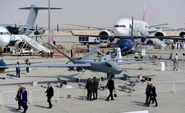 Започна най-голямото авиоизложение в света в Дубай