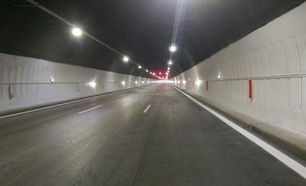 """Четвърта година продължава ремонтът на тунелите в прохода """"Витиня"""""""