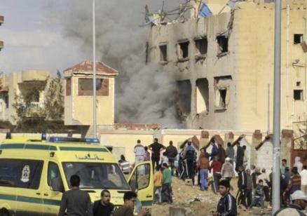 Терористична атака с много жертви срещу джамия в Египет