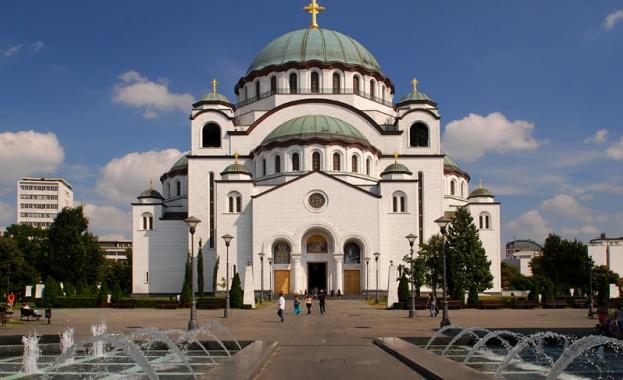 След решението на българските архиереи да откликнат на протегната ръка
