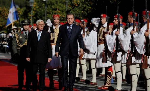 Павлопулос и Ердоган почти се скараха при историческата визита на турския президент в Гърция