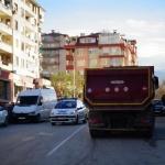 """Камион уби 19-годишно момиче на """"зебра"""" в Благоевград"""