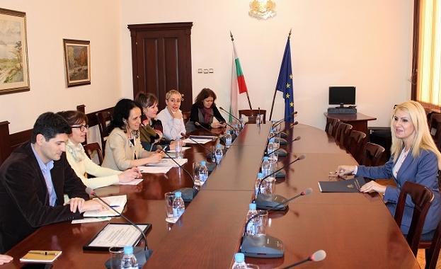 Представителите на неправителствените организации от Обществения съвет към парламентарната Комисия