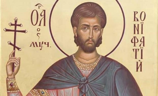 Свети Бонифаций е роден през 673 (или 680 г.) в