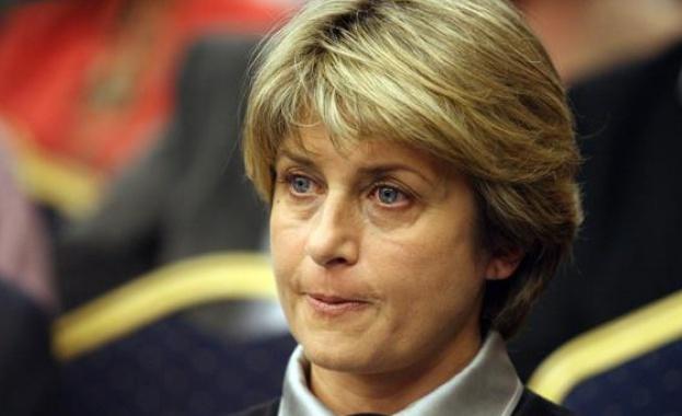 Весела Лечева: Всеки ден избухват мините на това управление