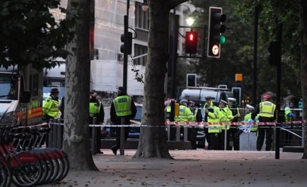Гара Чаринг Крос в центъра на Лондон бе затворена рано