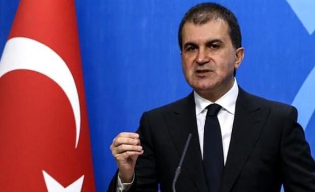 Министърът по европейските въпроси на Турция Йомер Челик даде пресконференция