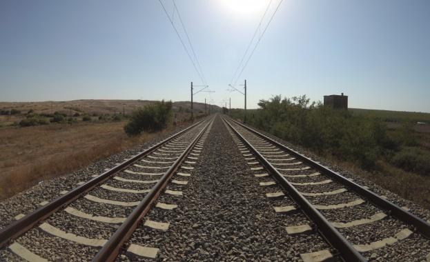 Турция възстановява железопътна връзка с Иран след 3-годишно прекъсване