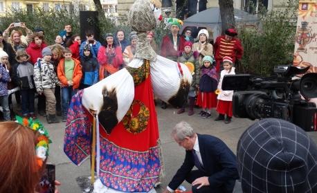 Руснаците в София отпразнуваха Масленица