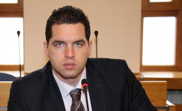 Николай Николов: Защо кметът Фандъкова не иска да отговори на въпроси за небостъргачите на НИКМИ?
