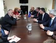 Премиерът се срещна с Лука Визентини