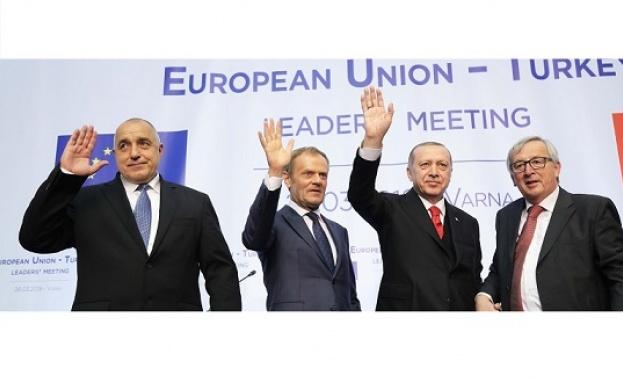 Българското черноморско крайбрежие предлага всичко, което политическият елит очаква от