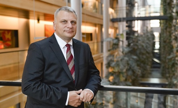Петър Курумбашев: България може да постави за обсъждане важните въпроси и без да чакаме Ердоган да дойде за среща с ЕС
