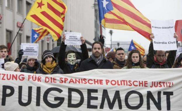 Стотици привърженици на каталунската независимост протестираха в Берлин срещу ареста