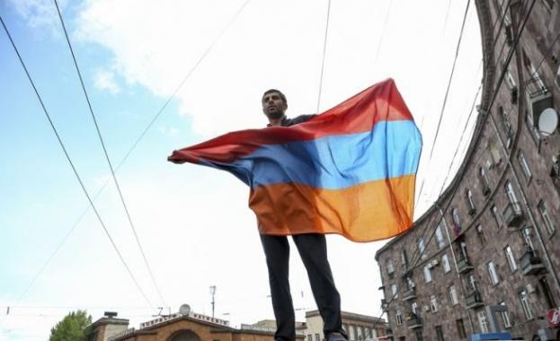 Арменската опозиция и управляващите днес започват преговори за промяна в