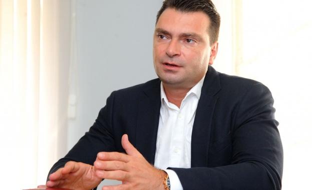 Калоян Паргов: Все още има улици в София, чакащи за ремонт от социализма
