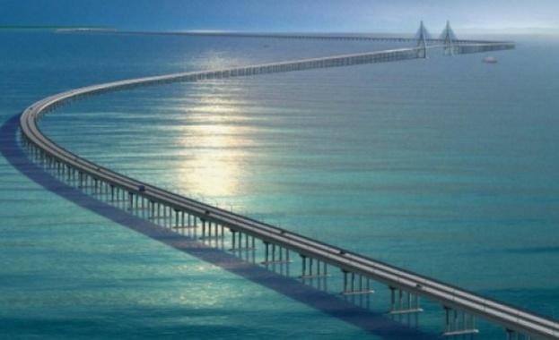Русия строи нов мост, по-скъп от Кримския