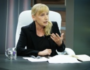 Елена Йончева: В България политика се прави с лъжи и манипулации