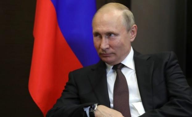 Доходите на Путин намаляват, спечелил само 8,65 млн. рубли през 2018 г.