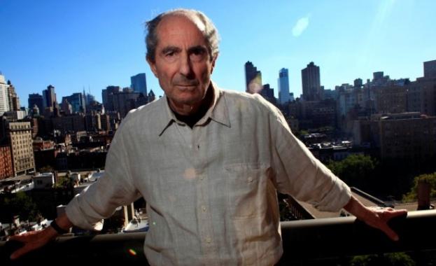 На 85 години почина американският писател Филип Рот. Причина за
