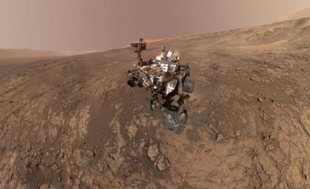 Астрофизик: На Марс може би се крие ключът към първия живот, дошъл на Земята