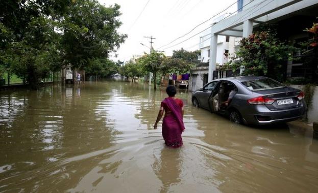 Наводненията в Североизточна Индия са взели 23 жертви, съобщава India