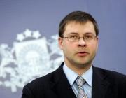 """В. Домбровскис: Ниските доходи не са пречка за присъединяването на България към """"чакалнята"""" на еврозоната"""