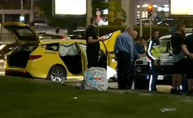 Тежка катастрофа блокира кръстовището на булевардите