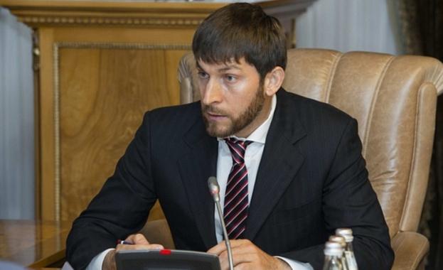 Руският президент Владимир Путин назначи премиерът на Чечня за свой