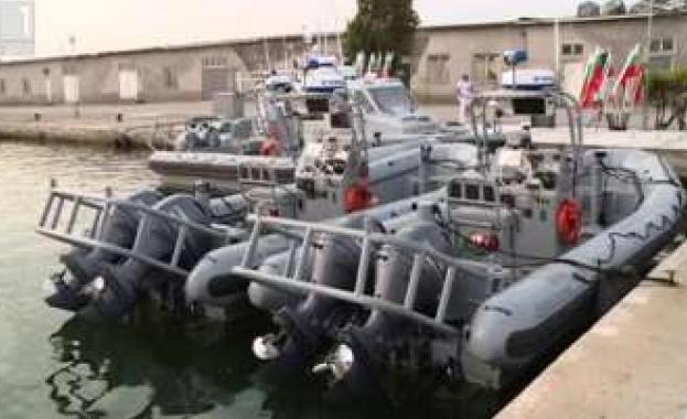 Военноморските сили на България получиха четири бързоходни лодки, предоставени безвъзмездно