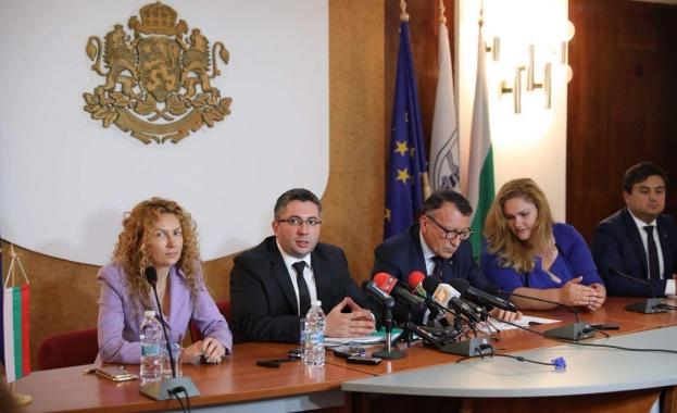 През месец юли Министерството на регионалното развитие и благоустройството ще
