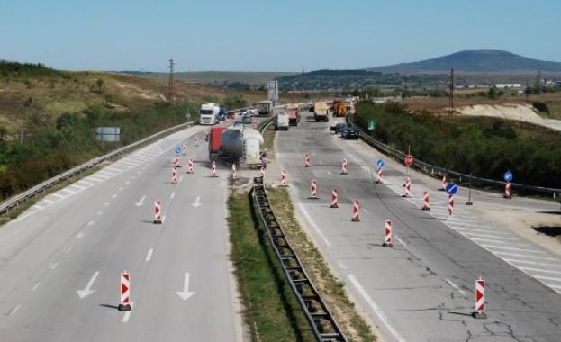 Ограничават се максимално ремонтите по автомагистралите през летния сезон, заяви