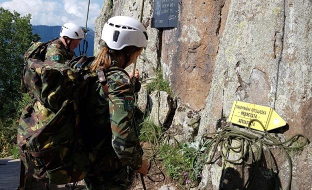 Петдневна специализирана алпийска подготовка за всяка от ротите на 101-ви