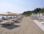 Комисия извърши нови проверки достъпни ли са плажовете за хора с увреждания