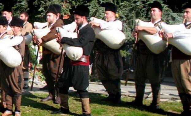 Двудневно гайдарско надсвирване започва днес в село Равногор, община Брацигово.