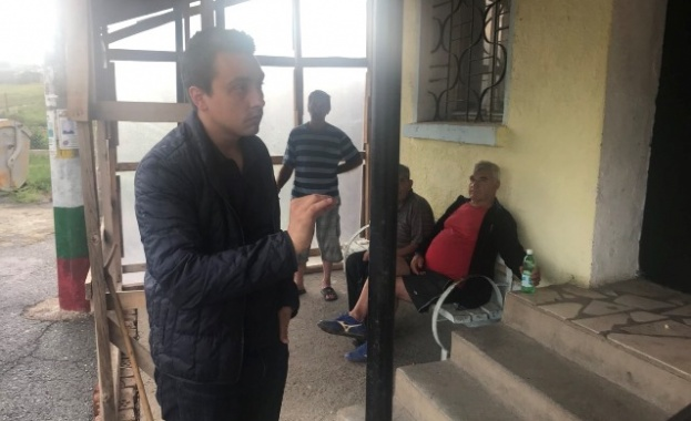 Евродепутатът посети села от община Болярово и община Средец и