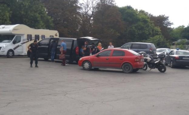 Шефът на КАТ-Габрово и още двама полицаи са задържани при