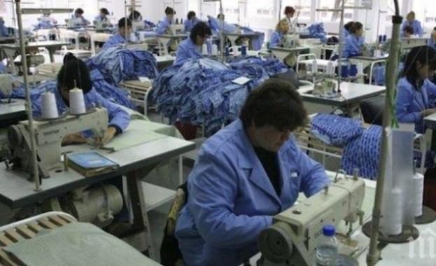 Безработните жени у нас са намалели с близо 26 000