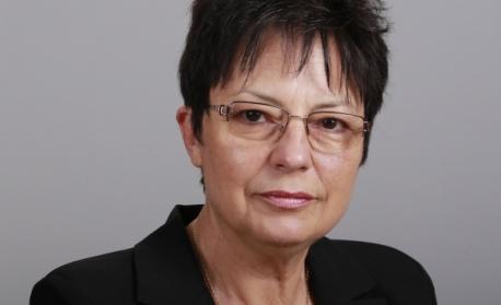 Ирена Анастасова: Хората вече изнемогват. Предлагаме Алтернативен бюджет за намаляване на бедността