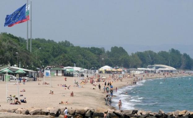 Българите се борят за свобода на плажа