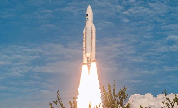 В рамките на 15 минути към космоса полетяха две ракети