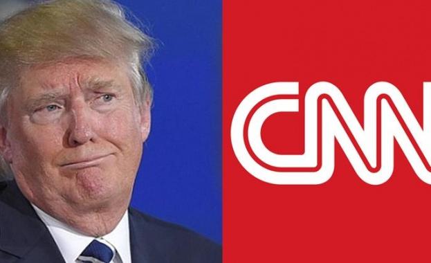 Президентът на САЩ Доналд Тръмп се ядосал, че телевизорът на