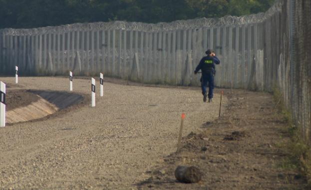 Унгария ще подсили охраната на границите си със Сърбия и