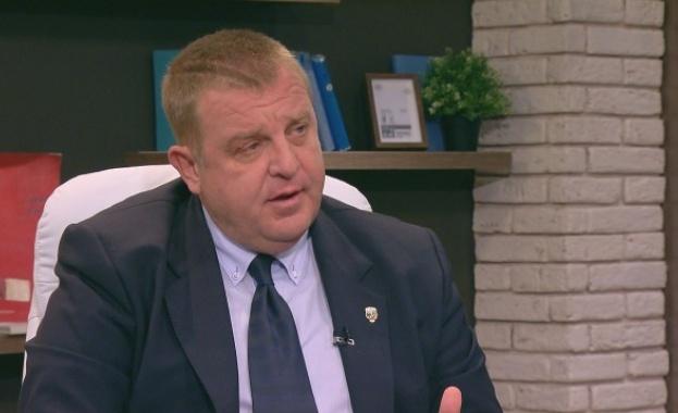 """Красимир Каракачанов: Марешки да """"изживее последното си лято"""""""